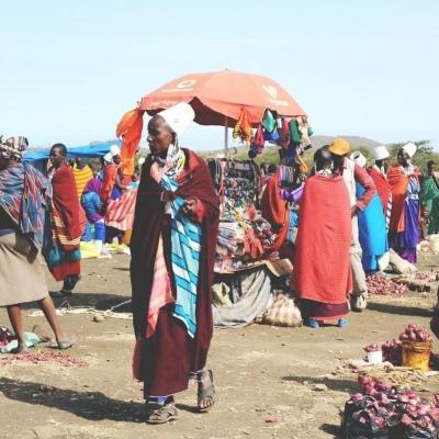 タンザニアのマサイマーケットの様子